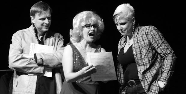 Galerie: K. V. A. S. Karviná – Divadelní komedie