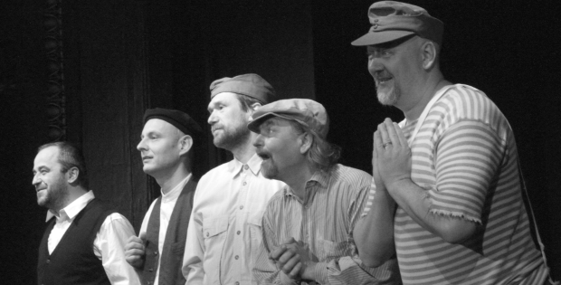 Galerie: Divadýlko na dlani Mladá Boleslav – Bylo nás pět