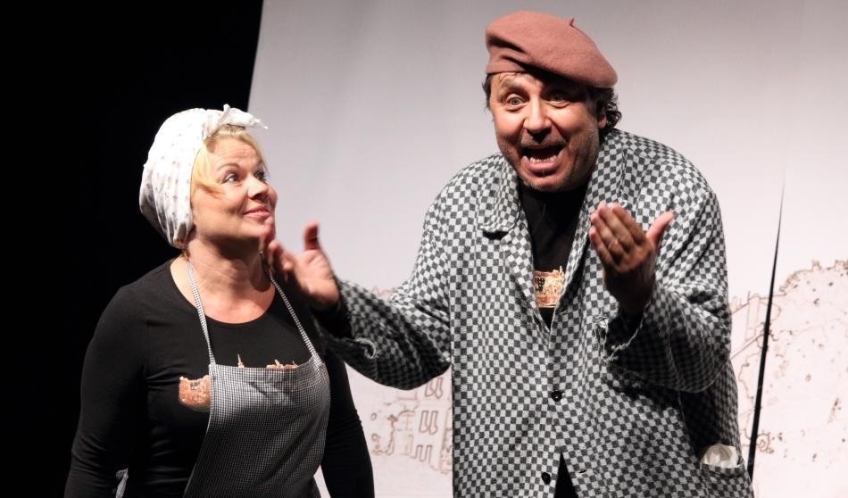 Galerie: Divadlo Pod čarou Písek – O 14 dní dříve aneb Svoboda nadvakrát